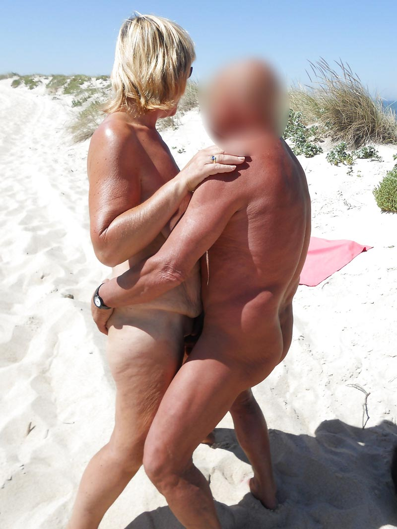 video couple echangiste a la plage Antibes
