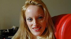 Plan cul sans lendemain à Nantes : fille blonde