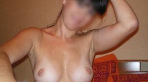 Femme coquine d'Amiens cherche sex friend régulier