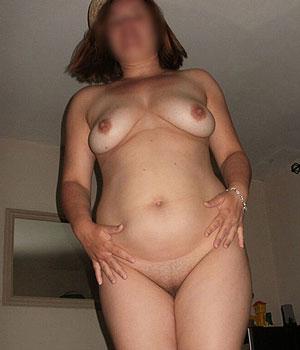 Femme cherche une rencontre libertine sans prise de tête en Belgique