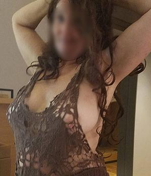 Femme coquine cherche un coup d'un soir à Clermont-Ferrand (63)